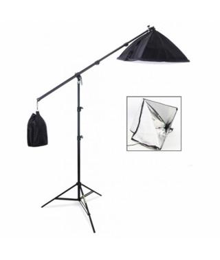Lampa studyjna bezcieniowa typu żuraw